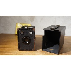Vintage Kodak six-20 Target Hawk-eye box camera