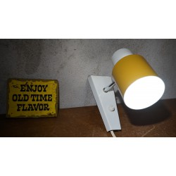 Prachtig Hala Zeist wandlampje - geel - wit