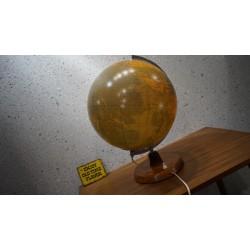 Bijzondere glazen wereldbol - staatkundige globe - 60s
