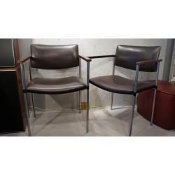 Setje (2) vintage Kembo-Rhenen stoelen