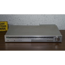 PHILIPS F2220 AM-FM-Stereo Tuner
