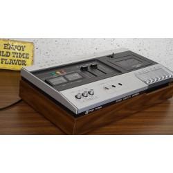Mooie vintage Tokyo Tuna stereo cassette recorder