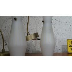 Setje (2) slanke vintage hanglampjes - melkglas
