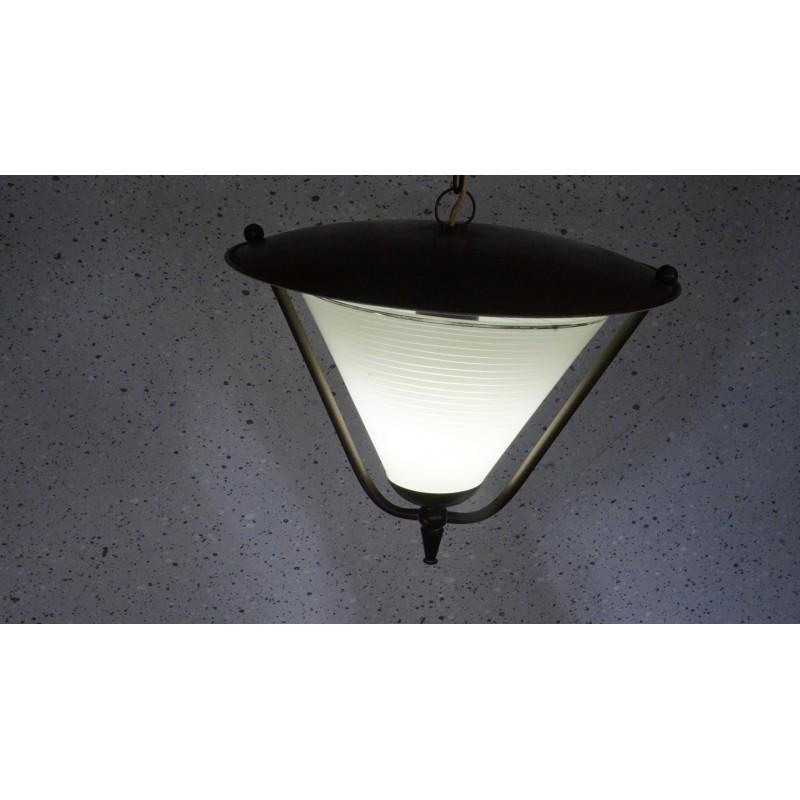 Strak en sierlijk vintage hanglampje