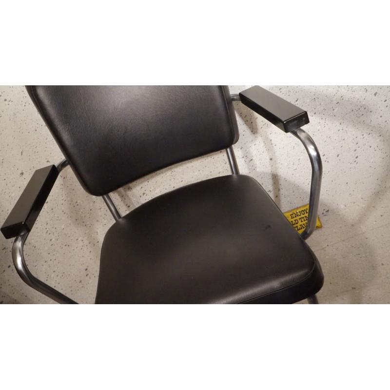 Hele mooie Bauhaus buisframe stoel