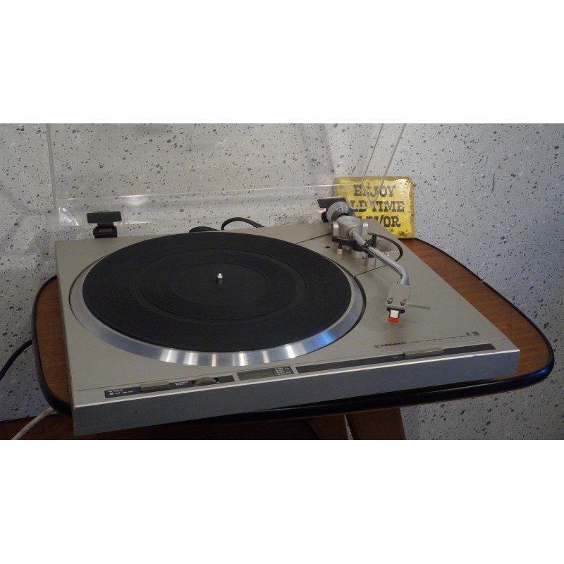 Pioneer PL-200 Direct Drive stereo platenspeler