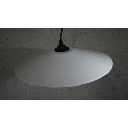 Bijzonder grote emaille hanglampje - wit