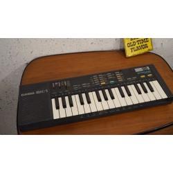 Leuk en goed vintage CASIO SK-1 Sampling keyboard