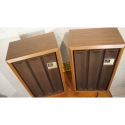 Setje stoere Winthrop KB10 speakers