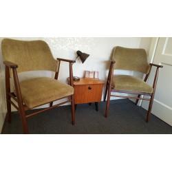 setje vintage serre stoelen