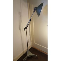 Bijzondere industriele vloerlamp - Hanovia UV lamp - ombouw